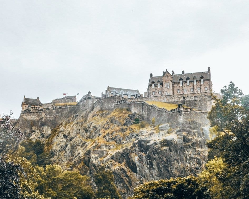 Glasgow vs. Edinburgh: Which City Should You Visit in Scotland?