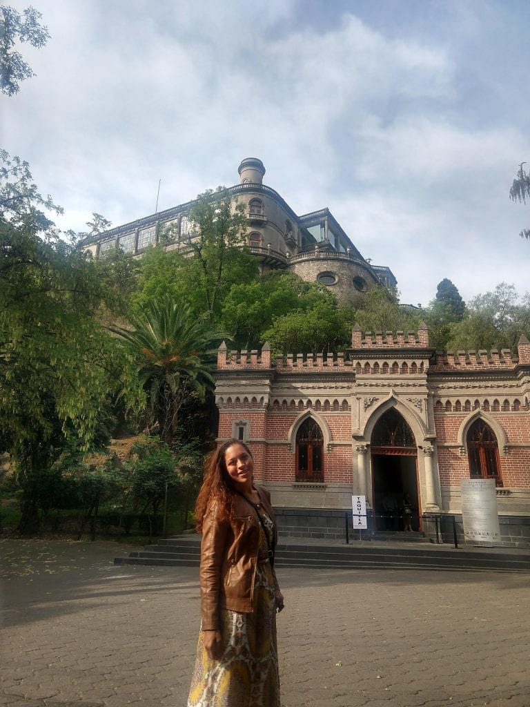 Sarah Fay travel blogger walking around Chapultapec park Mexico City