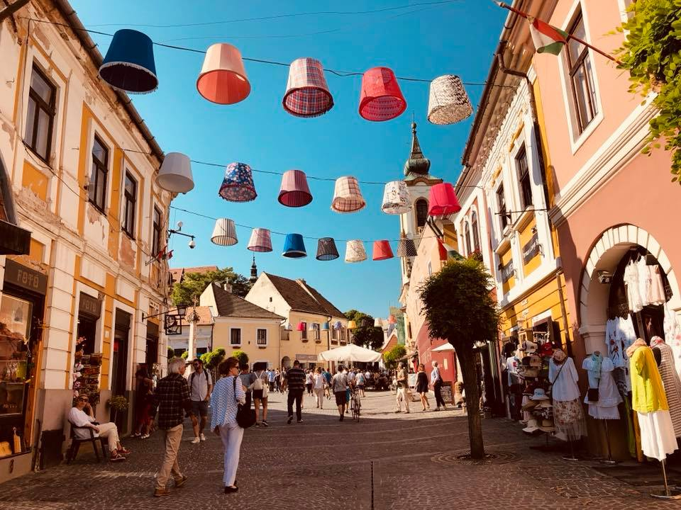 Szentendre is is a cute town just north of Budapest on the Danube River. With colorful cobblestone streets this vibrant town is the perfect day trip from Budapest, Hungary. #visitbudapest #budapesttravel