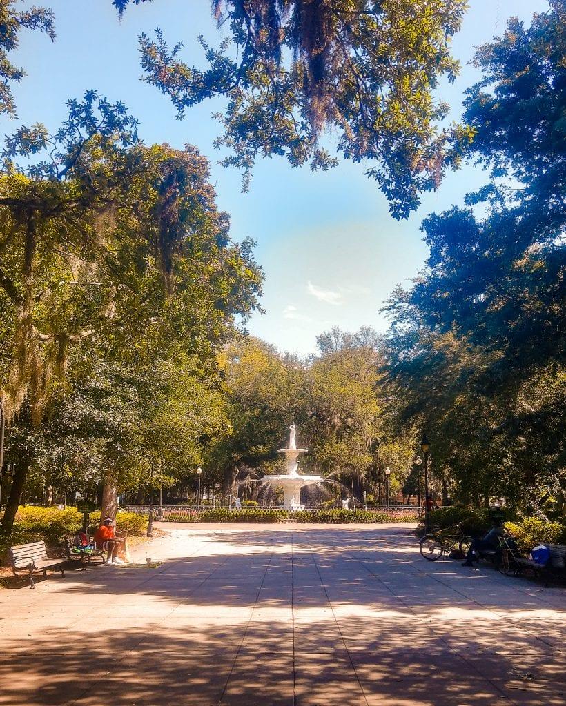 Forsyth Park Fountain in Savannah Georgia. Fun Things to do in Savannah Georgia.